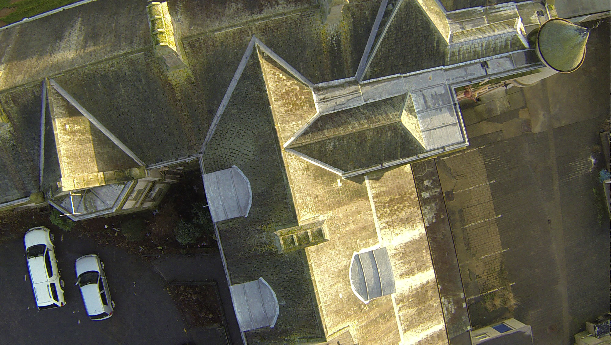 Roof inspection - Survey Drones